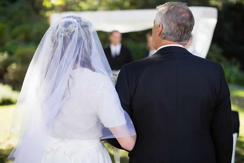 5 Things the Father of the Bride Should Do Before the Wedding